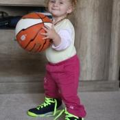 Vojta má nové boty na basket