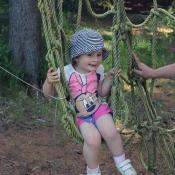 V lanovém centru v lese